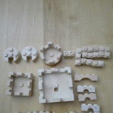 Brinquedos antigos Exin: LOTE 38 PIEZAS EXIN CASTILLOS. 3 ALMENAS. NO SE ÉPOCA NI MODELO. Lote 86896415
