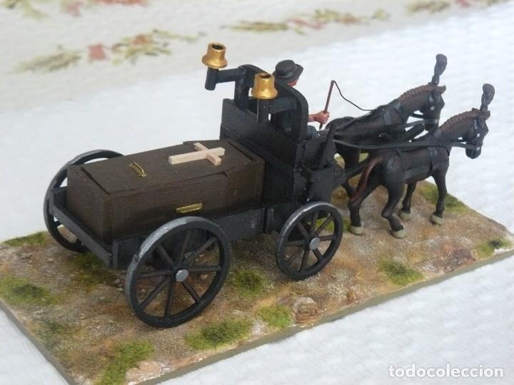 Juguetes antiguos Exin: CARRETA FUNERARIA EXIN WEST CON BASE PINTADA EN ALTA CALIDAD - Foto 2 - 89578256