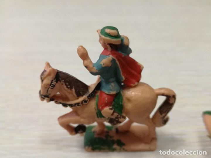 Juguetes antiguos Exin: LOTE FIGURAS ORIGINALES CABALLERO Y BALLESTEROS ARQUEROS EXIN CASTILLOS AÑOS 70 - Foto 4 - 129177179