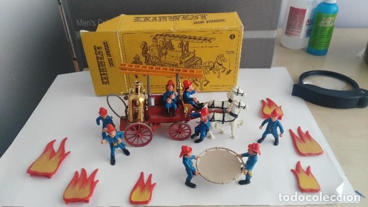 Juguetes antiguos Exin: parque de bomberos EXIN WEST EXINWEST COCHE DE BOMBEROS PERSONAJES Y MAS EN CAJA - Foto 2 - 121982847