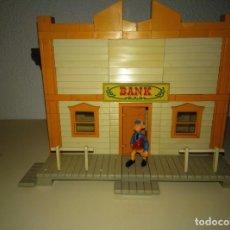 Juguetes antiguos Exin: EXIN WEST. MODELO BANK CON PERSONAJE. Lote 194280686