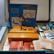 Juguetes antiguos Exin: CINEXIN 8 MM EN CAJA ORIGINAL Y MANUAL CON VARIAS PELÍCULAS. Lote 194882093