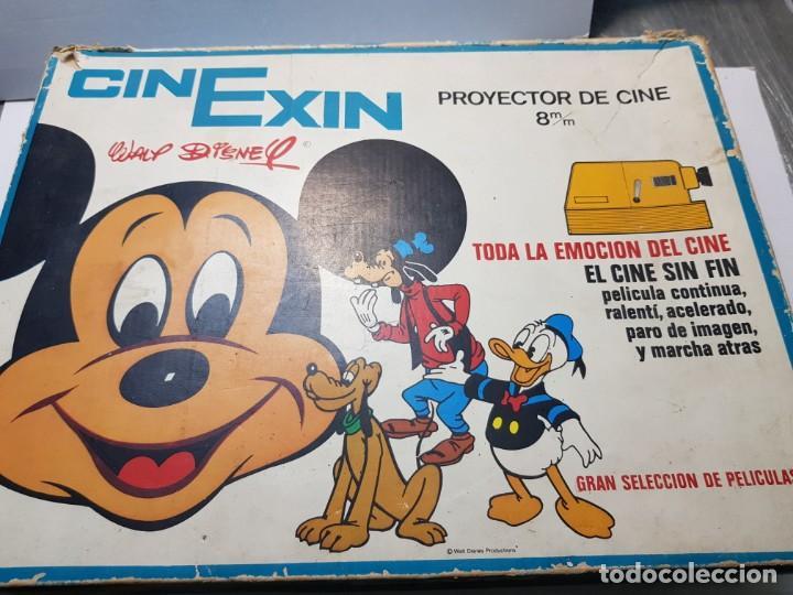 Juguetes antiguos Exin: Cinexin 8 mm en caja original y manual con varias películas - Foto 10 - 194882093
