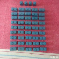 Juguetes antiguos Exin: LOTE DE 49 PIEZAS EXIN WEST O EXIN CASTILLOS COLOR AZUL. Lote 206559823
