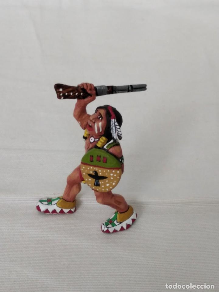 Juguetes antiguos Exin: EXIN WEST GUERRERO INDIO AVANZANDO CON RIFLE Y ESCUDO PINTADO EN ALTA CALIDAD - Foto 2 - 210391662