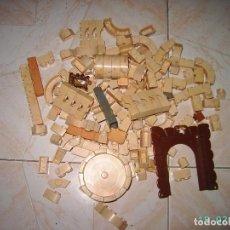 Juguetes antiguos Exin: LOTE DE PIEZAS DE EXIN CASTILLOS PDJ.. Lote 233787475