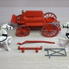 Jouets anciens Exin: CARRO COCHE DE BOMBEROS CON DOS CABALLOS EXIN WEST, MADE IN SPAIN, ORIGINAL AÑOS 70.. Lote 236063320
