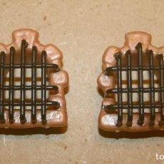 Brinquedos antigos Exin: OFERTA: 2 VENTANAS CON REJAS DE EXIN LINES BROS, ELB, PIEZAS CLÁSICAS DE EXIN CASTILLOS.. Lote 241149175