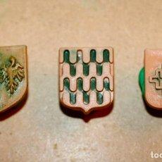 Brinquedos antigos Exin: OFERTA: 3 ESCUDOS ORIGINALES DE EXIN LINES BROS, ELB, PIEZAS CLÁSICAS DE EXIN CASTILLOS.. Lote 241229420