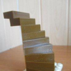 Juguetes antiguos Exin: EXIN CASTILLOS PDJ: 1 ESCALERA GRANDE DE CARACOL. Lote 245249625