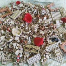 Juguetes antiguos Exin: EXIN CASTILLOS LOTE 1000 PIEZAS CONTADAS HAY PARA UN BUEN CASTILLO. Lote 245732405
