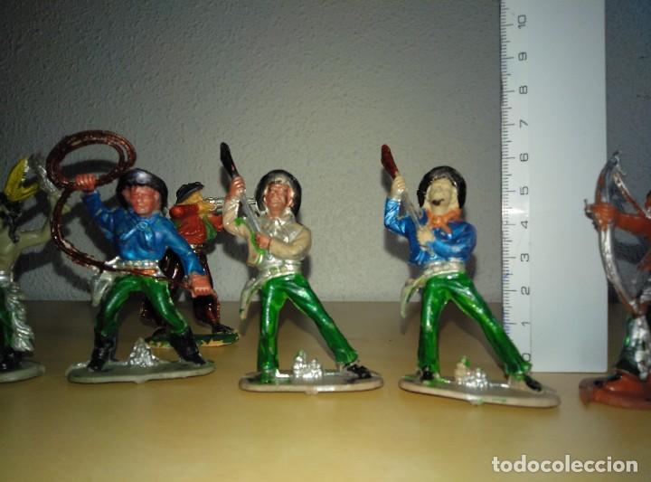 Juguetes antiguos Exin: 6 Figuras de plástico pintados. Indios y vaqueros. Ideal para dioramas Exin west - Foto 2 - 261926890