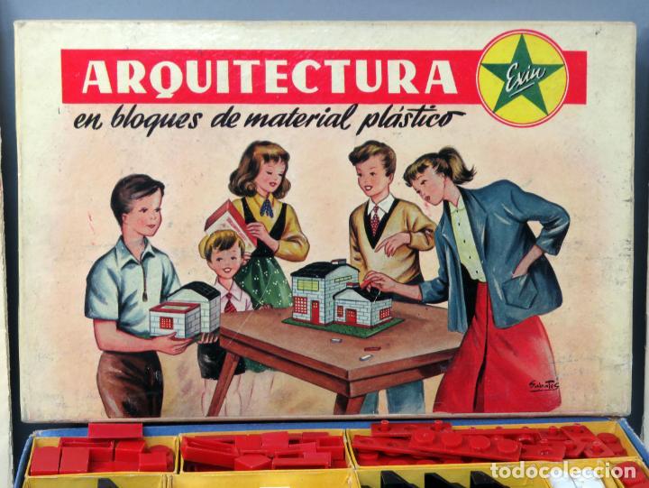Juguetes antiguos Exin: Arquitectura Exin caja con catálogo modelos instrucciones años 50 - 60 dibujo Sabatés buen estado - Foto 2 - 269415183