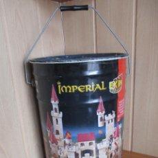 Brinquedos antigos Exin: EXIN CASTILLOS PDJ: BIDON GRANDE METALICA VACIA DEL MODELO FORTALEZA IMPERIAL ( VACIO SIN PIEZAS). Lote 273908143