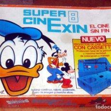 Juguetes antiguos Exin: SUPER 8 CINEXIN,FUNCIONANDO CON SU CAJA Y 5 PELICULAS. Lote 275225288