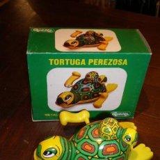 Juguetes antiguos Gozán: TORTIGA PEREZOSA DE GOZAN - AÑOS 70 - JUGUETE DE CHAPA. Lote 203606411
