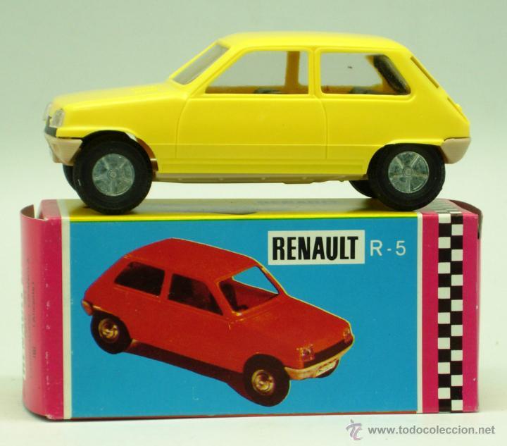 Juguetes antiguos Gozán: Renault 5 Gozán amarillo años 70 caja escala 1/28 Made in Spain Ibi nuevo - Foto 2 - 192467578