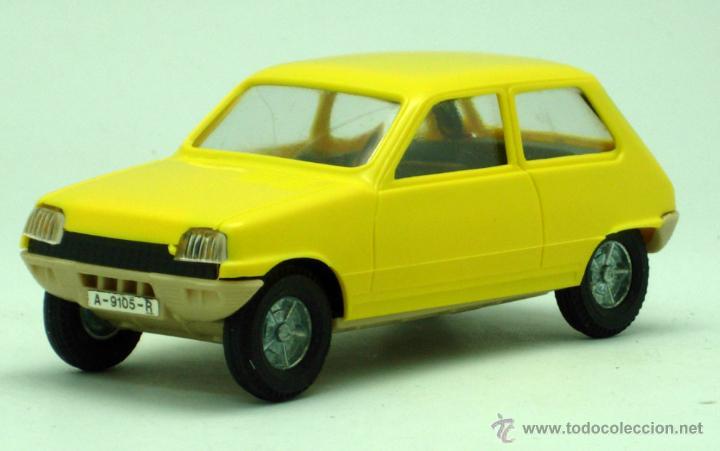 Juguetes antiguos Gozán: Renault 5 Gozán amarillo años 70 caja escala 1/28 Made in Spain Ibi nuevo - Foto 4 - 192467578