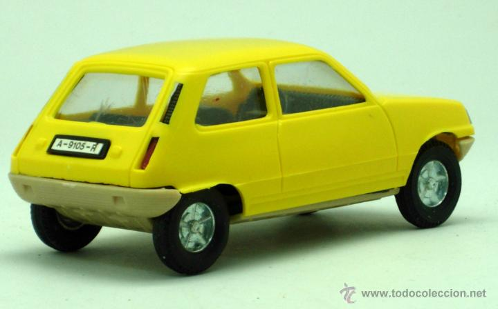 Juguetes antiguos Gozán: Renault 5 Gozán amarillo años 70 caja escala 1/28 Made in Spain Ibi nuevo - Foto 5 - 192467578