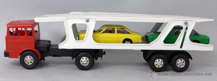 Juguetes antiguos Gozán: Camión Portacoches R 5 Gozán con caja Ref 515 con Seat 124 Sport y 1800 1/23 - Foto 3 - 49321789