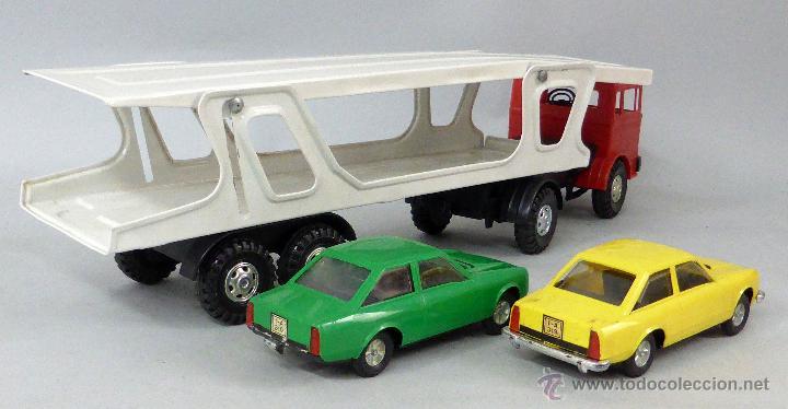 Juguetes antiguos Gozán: Camión Portacoches R 5 Gozán con caja Ref 515 con Seat 124 Sport y 1800 1/23 - Foto 5 - 49321789