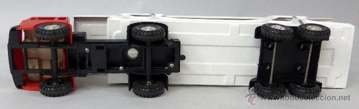 Juguetes antiguos Gozán: Camión Portacoches R 5 Gozán con caja Ref 515 con Seat 124 Sport y 1800 1/23 - Foto 6 - 49321789