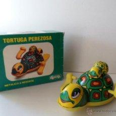 Juguetes antiguos Gozán: TORTUGA PEREZOSA GOZAN JUGUETES REF 17. METÁLICO A RESORTE. PLÁSTICO Y CHAPA. .. Lote 50964895