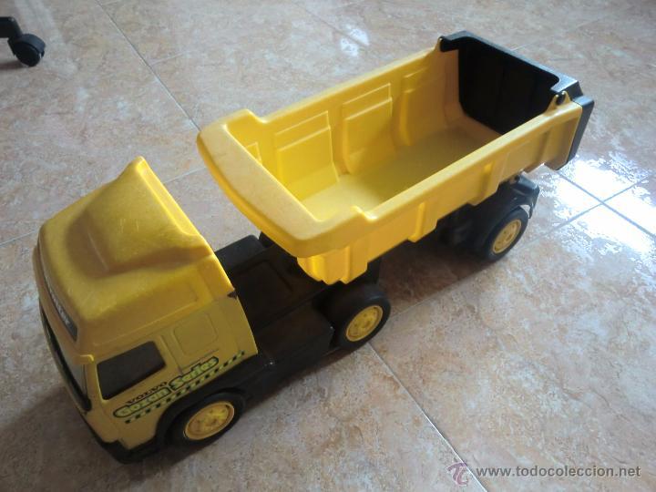 Juguetes antiguos Gozán: Camión con remolque VOLVO GOZAN SERIES. De hierro y plástico. Fabricado en España. Gran tamaño - Foto 4 - 53631912