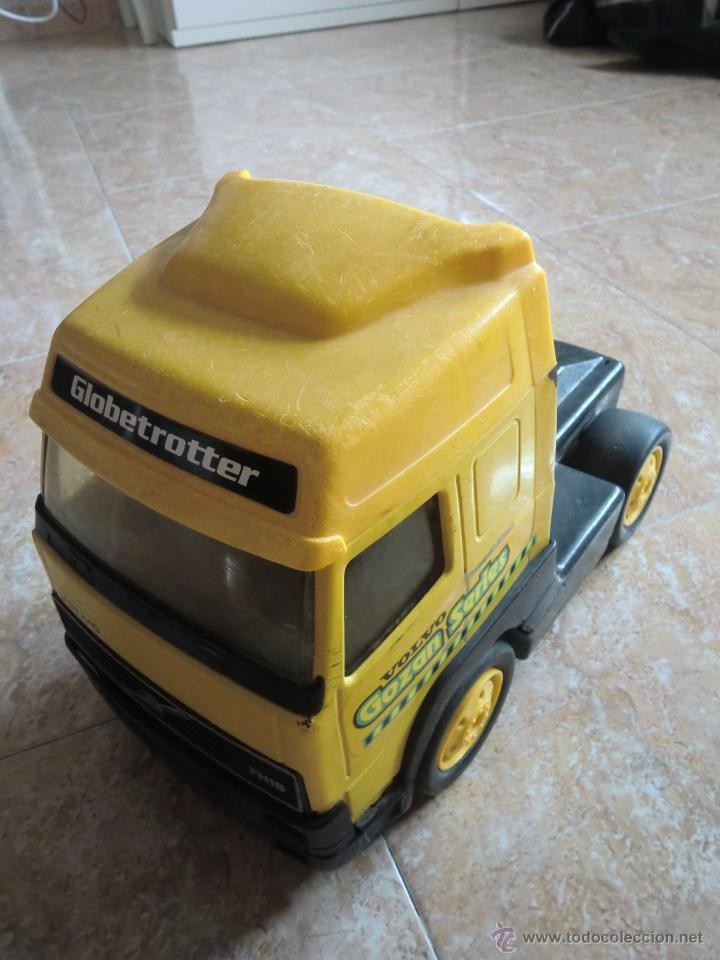Juguetes antiguos Gozán: Camión con remolque VOLVO GOZAN SERIES. De hierro y plástico. Fabricado en España. Gran tamaño - Foto 6 - 53631912