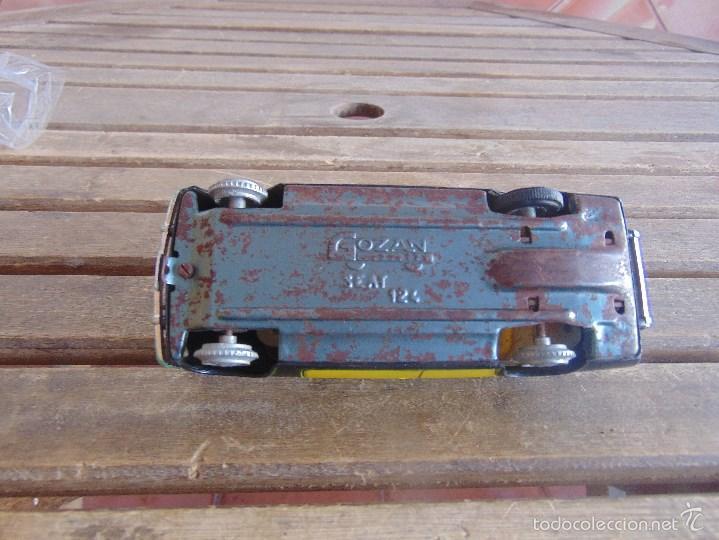 Juguetes antiguos Gozán: COCHE A ESCALA SEAT 124 TAXI DE BARCELONA DE GOZAN A FRICCION FUNCIONA - Foto 6 - 58685669
