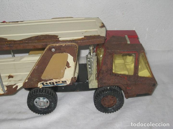 Juguetes antiguos Gozán: Antiguo Camión Coche Hojalata Juguete Años 70 Tigre 2000. España. Gozan. 56Cm - Foto 2 - 78157777