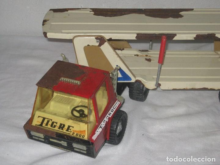 Juguetes antiguos Gozán: Antiguo Camión Coche Hojalata Juguete Años 70 Tigre 2000. España. Gozan. 56Cm - Foto 6 - 78157777
