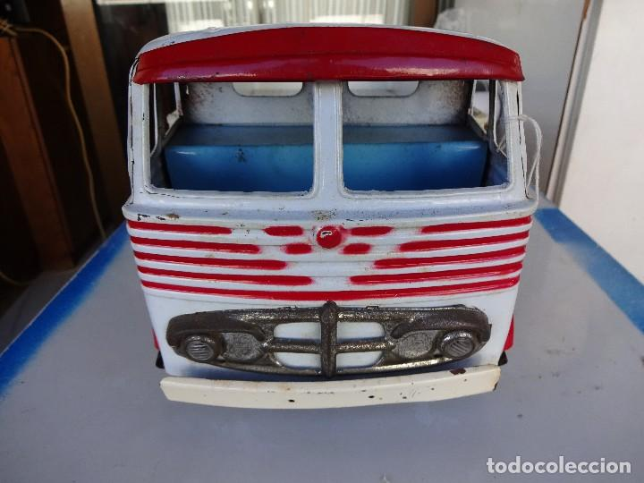 Juguetes antiguos Gozán: Camion Transportes PEGASO. GOZAN. Cabina metálica. Caja de plástico. 47 ctms.. - Foto 2 - 86015036