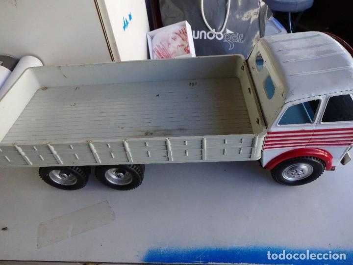 Juguetes antiguos Gozán: Camion Transportes PEGASO. GOZAN. Cabina metálica. Caja de plástico. 47 ctms.. - Foto 3 - 86015036