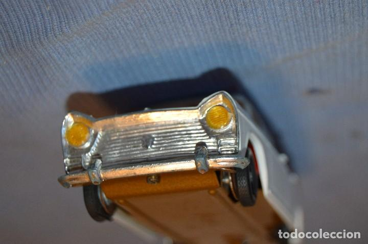 Juguetes antiguos Gozán: Antiguo coche SEAT 1500 de GOZÁN - Made In Spain ¡PRECIOSO! - Mira - Foto 7 - 97719067