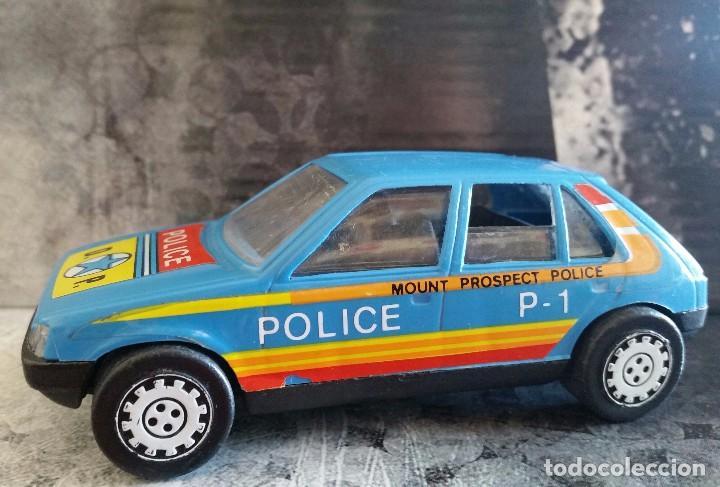 COCHE DE PLASTICO PEUGEOT 205 DE ARRASTRE GOZAN MADE IN SPAIN AÑOS 80 DECORACION POLICIA UNICO (Juguetes - Marcas Clásicas - Gozán)