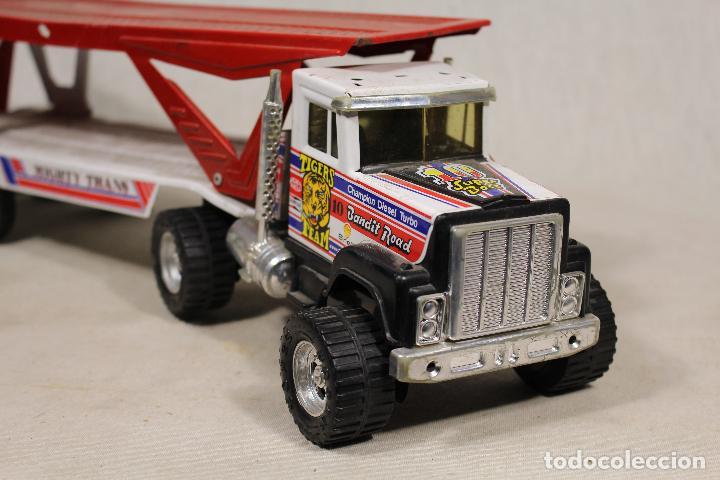 Juguetes antiguos Gozán: GOZAN - Camión chapa americano TIGERS TEAM SUPER BOSS BANDIT ROAD remolque porta coche MIGHTY TRANS - Foto 6 - 107627447