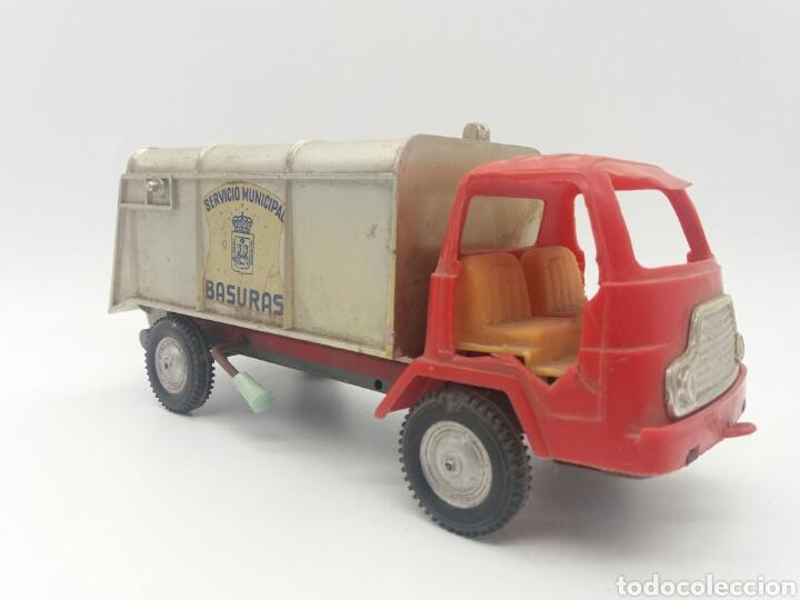 Juguetes antiguos Gozán: Camión del Servicio Municipal de basuras de Ibi de GOZAN años 70 para reparar o piezas - Foto 2 - 118047615