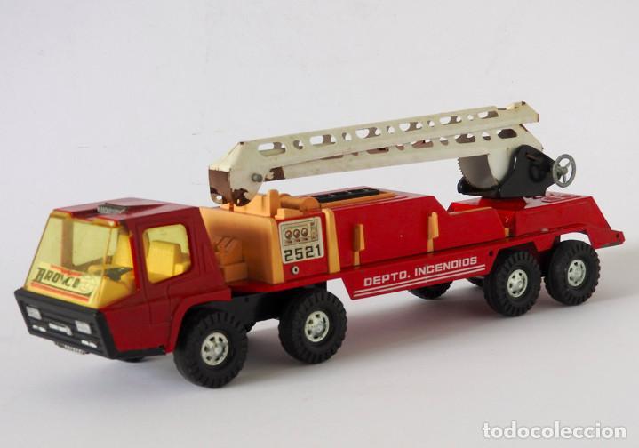 Juguetes antiguos Gozán: Lote Gozan años 70, Camión Bronco Bomberos Incendios y Trailer Portacoches - Foto 8 - 126016935