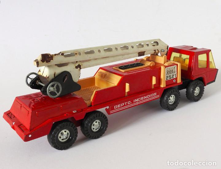 Juguetes antiguos Gozán: Lote Gozan años 70, Camión Bronco Bomberos Incendios y Trailer Portacoches - Foto 12 - 126016935