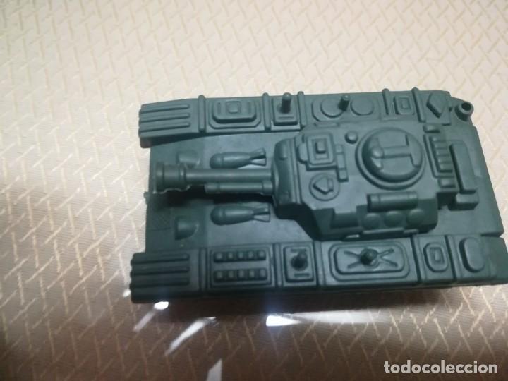 Juguetes antiguos Gozán: Antiguo camión de gozan militar en su caja miren fotos - Foto 14 - 146793070