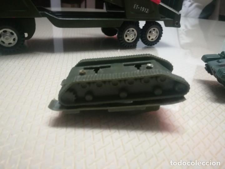 Juguetes antiguos Gozán: Antiguo camión de gozan militar en su caja miren fotos - Foto 16 - 146793070