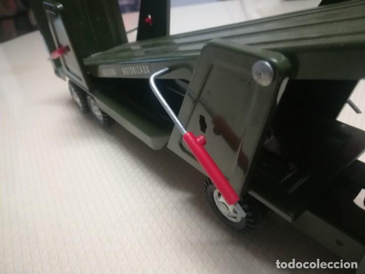 Juguetes antiguos Gozán: Antiguo camión de gozan militar en su caja miren fotos - Foto 27 - 146793070