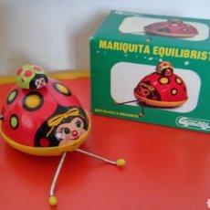 Brinquedos antigos Gozán: MARIQUITA EQUILIBRISTA A CUERDA RESORTE (11 CM).CHAPA Y PLÁSTICO.GOZAN 80S.NUEVA EN CAJA.. Lote 191139383