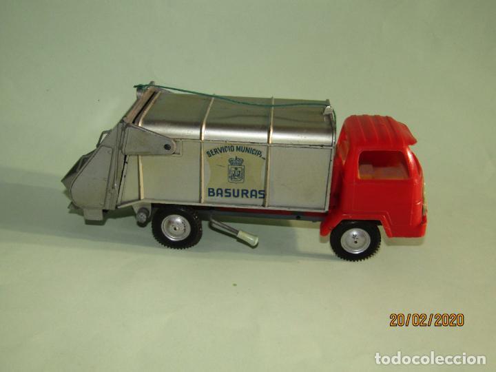 Juguetes antiguos Gozán: Antiguo Camión Tipo Barreiros Recogida de Basura Basculante de GOZAN - Foto 2 - 194722443