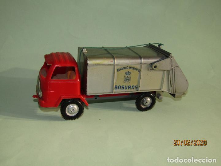 Juguetes antiguos Gozán: Antiguo Camión Tipo Barreiros Recogida de Basura Basculante de GOZAN - Foto 5 - 194722443