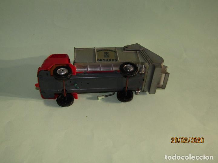 Juguetes antiguos Gozán: Antiguo Camión Tipo Barreiros Recogida de Basura Basculante de GOZAN - Foto 7 - 194722443