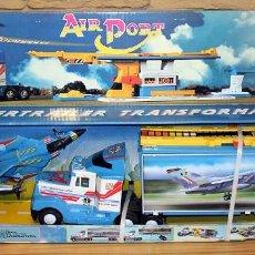 Juguetes antiguos Gozán: SUPERTRAILER TRANSFORMABLE AIRPORT DE GOZAN - NUEVO A ESTRENAR - EN SU CAJA ORIGINAL - METAL. Lote 213771837