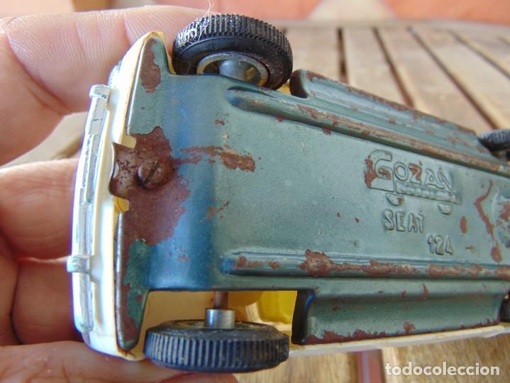 Juguetes antiguos Gozán: COCHE SEAT 124 AMBULANCIA DE GOZAN A FRICCION - Foto 7 - 220894241