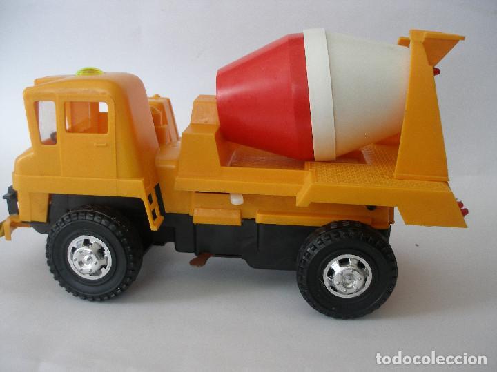 Juguetes antiguos Gozán: Camión hormigonera Gozan ( 24 cm ) nº 265 años 70 en caja sin uso - Foto 2 - 223908465